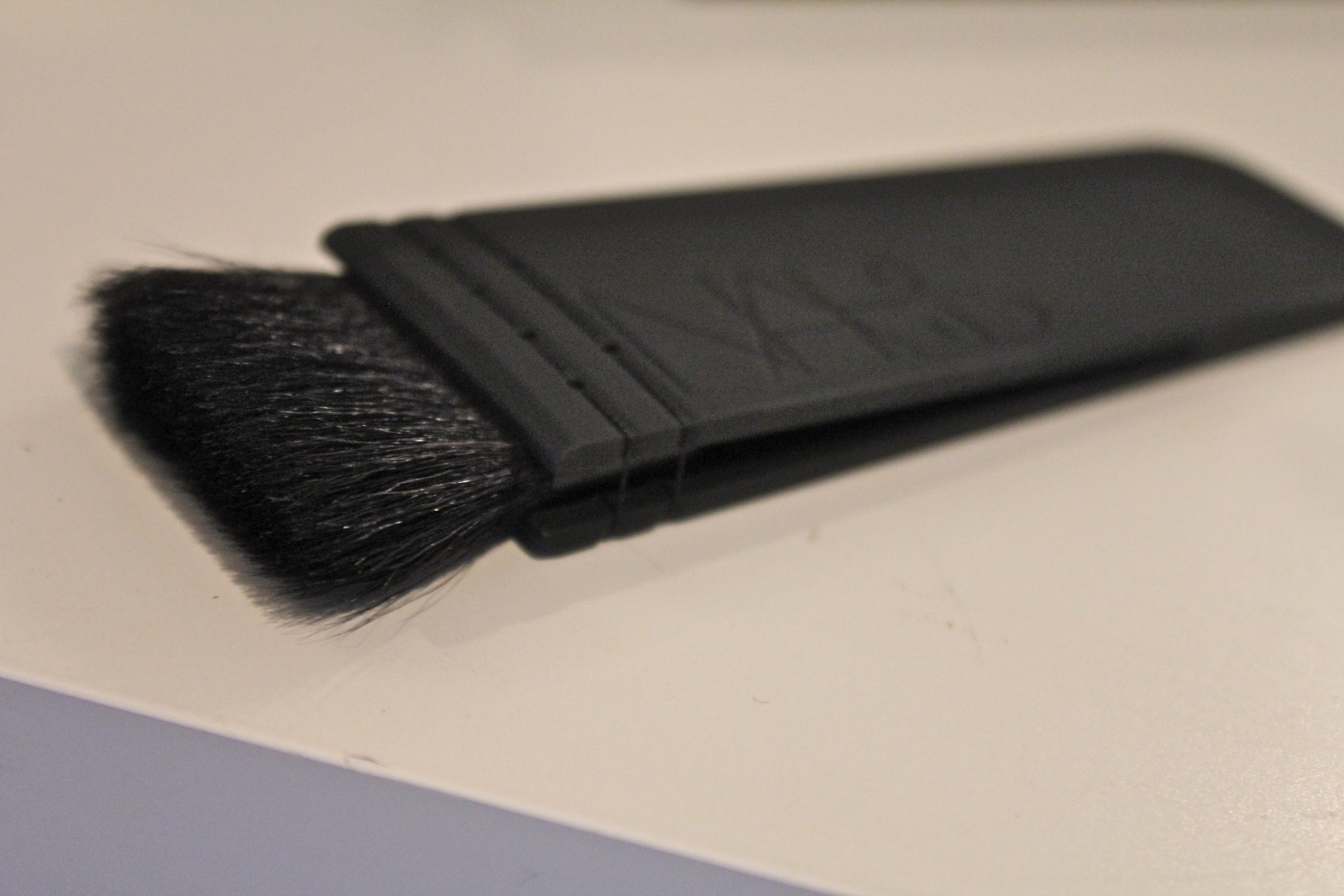 Nars contour brush ita