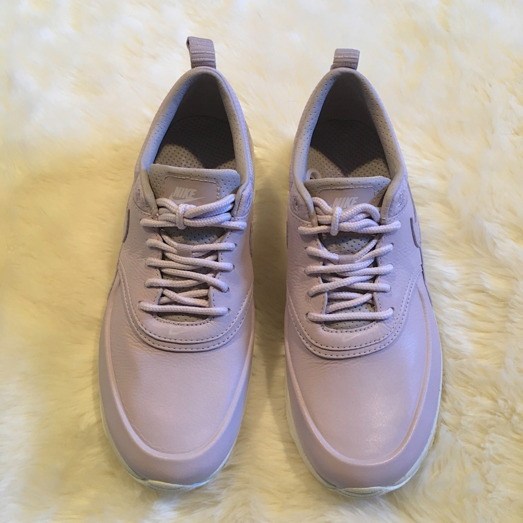 the-nikelab-air-max-thea - PASTEL PURPLE NIKELAB AIR MAX THEA