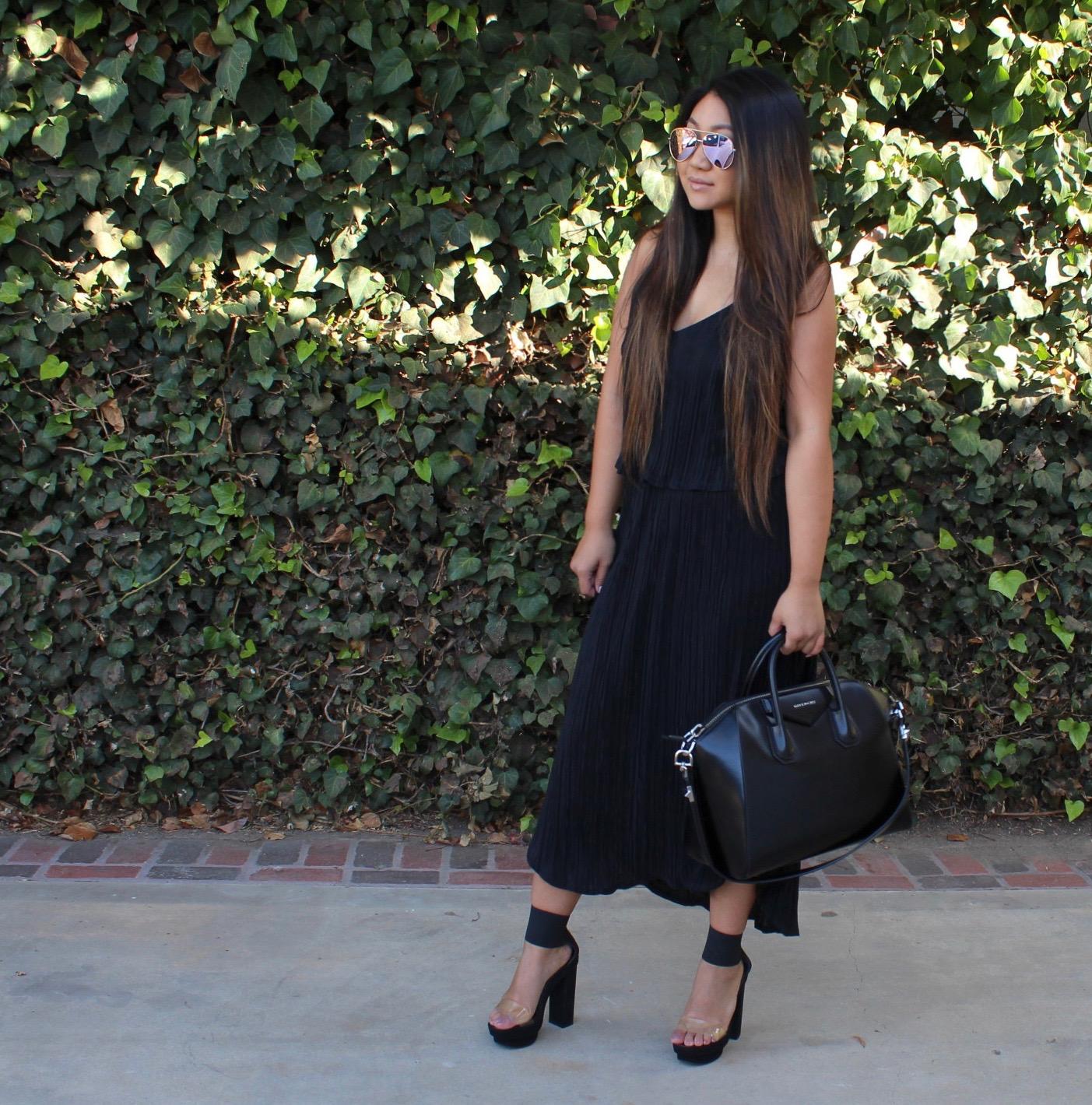 H M Black Pleated Midi Dress