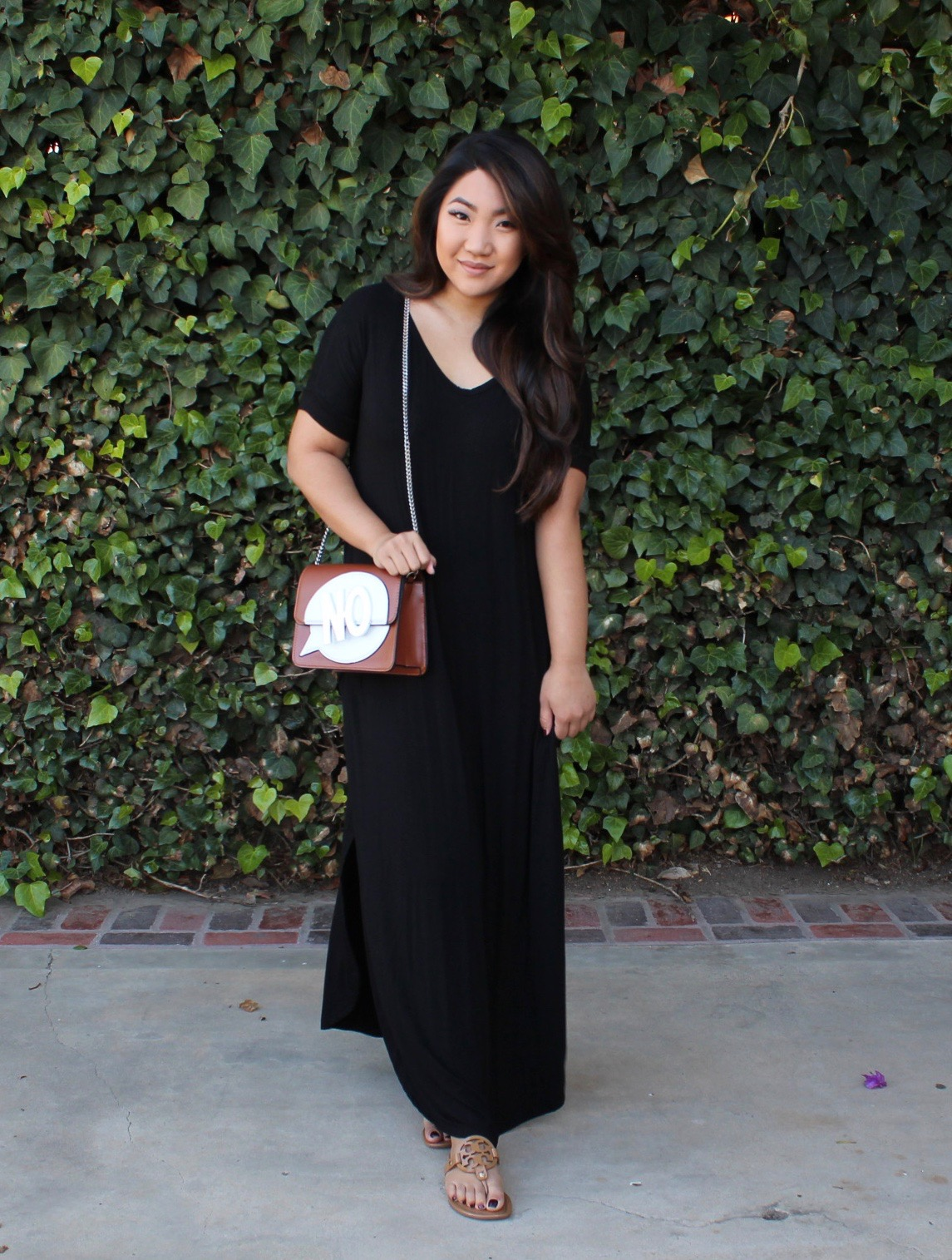 MakeMeChic Casual Loose Short Sleeve Split Maxi Dress