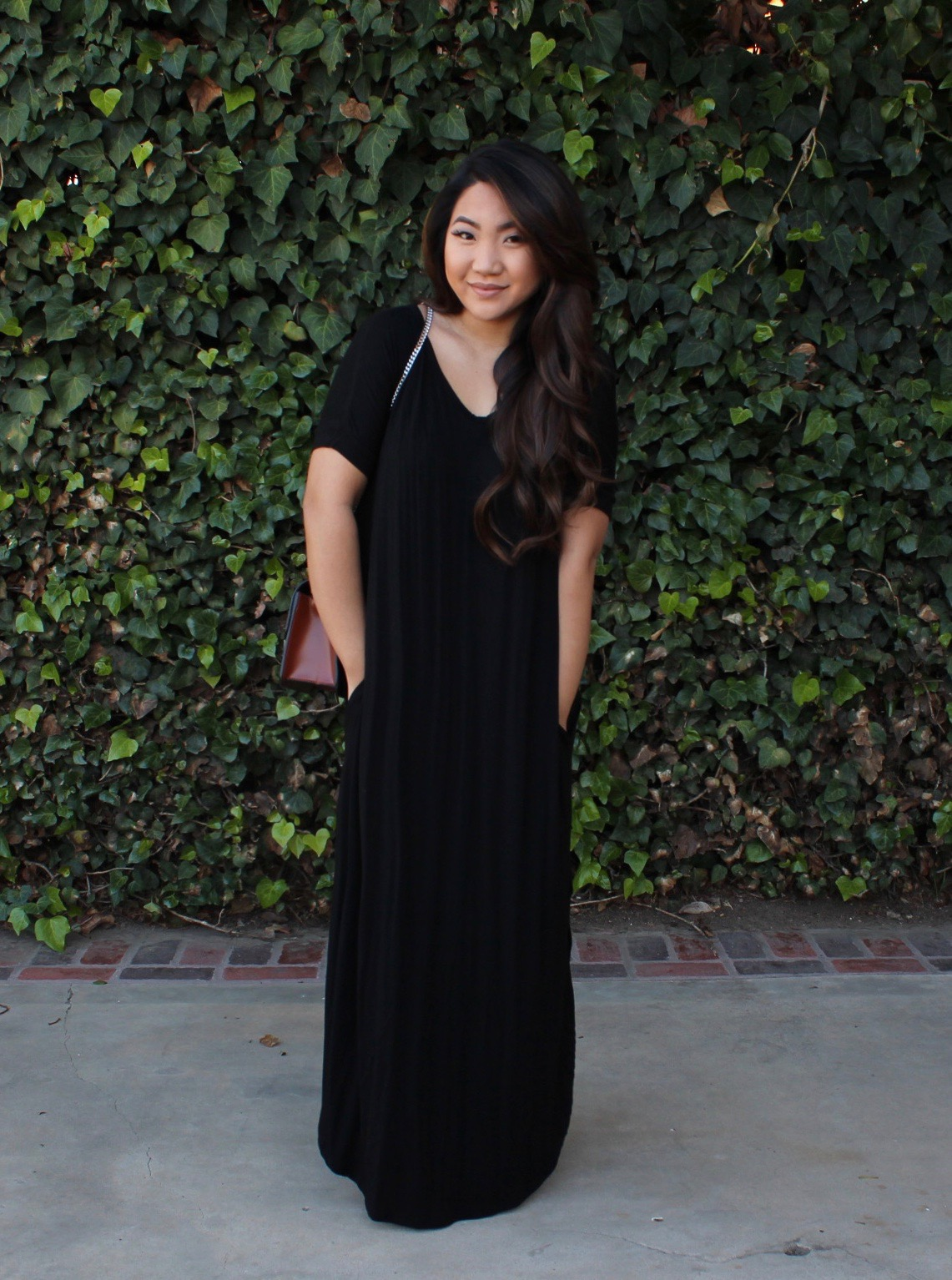 Tia Wong - MakeMeChic Casual Loose Short Sleeve Split Maxi Dress