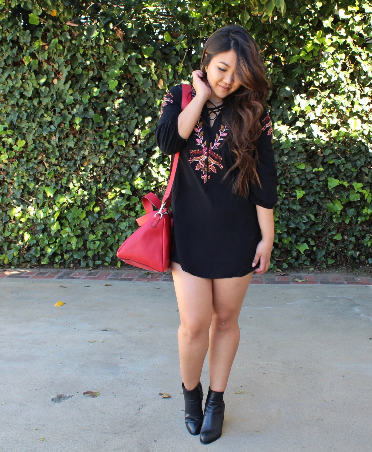 Black Embroidery Lace Up VNeck Dress
